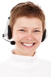 smiling-phone-operator